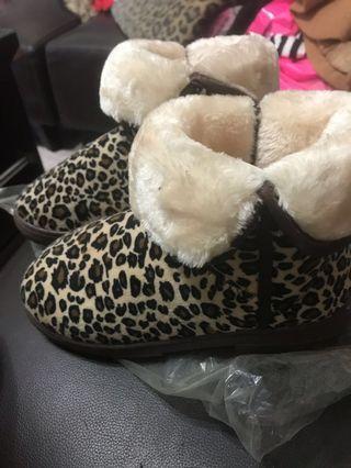豹紋雪靴(24 24.5 25 25.5)都可穿