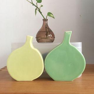 🚚 扁平葫蘆造型陶瓷花器兩只合售