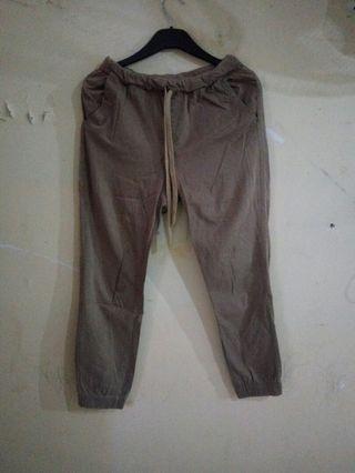 #BAPAU Jogger Pants warna Khaki