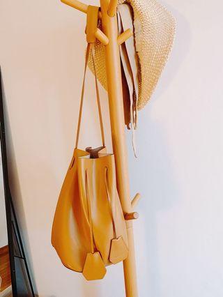 Rabeanco Classic Bucket Bag
