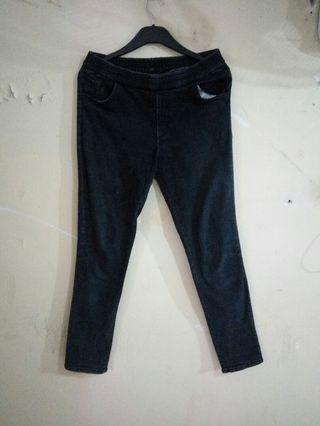 #BAPAU Celana Jeans Unbrand