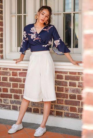 🚚 Floral kimono top