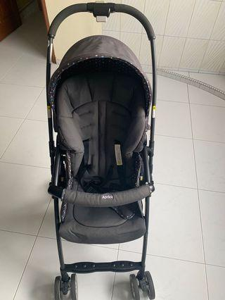 🚚 Aprica Karoon Stroller in Black and Rainbow Dots