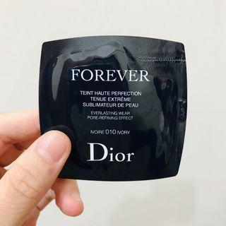 🚚 【Dior迪奧】超完美持久粉底液 010 IVORY