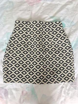 Zara black white printed skirt XS
