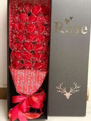 🚚 Roses Bouquet with box