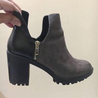 Zara Ankle Boots Zipper Dark Gray - Black