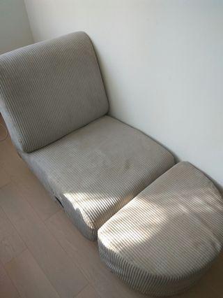 Single Sofa Bed with Leg Rest 單人梳化床