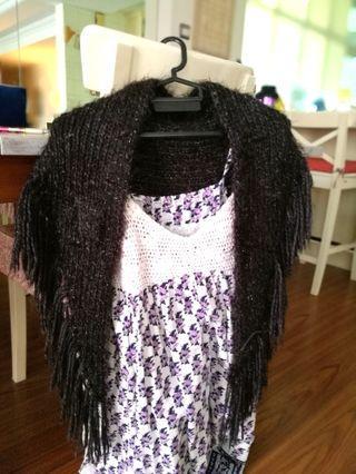 Vintage knit wrap