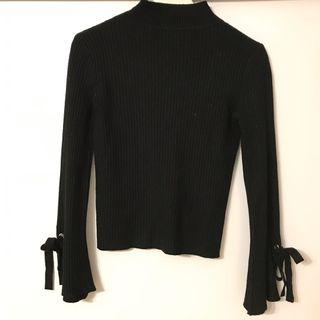 樽領冷衫 Black knitwear