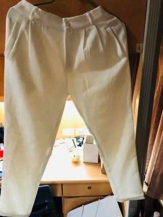 🚚 白色鬆緊直筒西裝褲