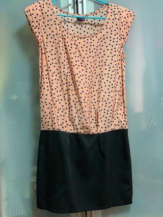 🚚 Purpur Polka Dot Dress
