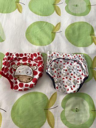 Preloved 2 pcs training pants baby size M