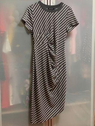🚚 Moonriver brand new dress