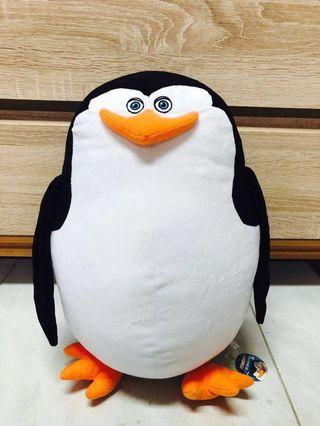 🚚 Madagascar Penguin Soft Toy