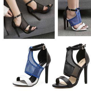。CiNdEReLlA。100%韓國空運 羅馬網狀 雙配色編織雕刻感洞洞皮質高跟涼鞋魚口露趾高跟鞋鏤空16S004