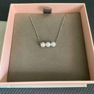 Pearl Necklace 珍珠銀頸鍊 (誠品書店)