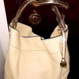 Brand new Rabeanco shoulder bag