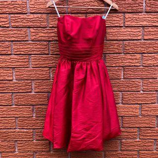 Tailor made red dress