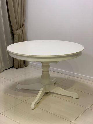 🚚 Ikea dining table
