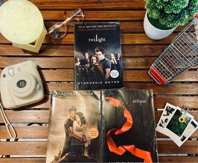 [Bundle] Twilight Series: Twilight, New Moon, and Eclipse