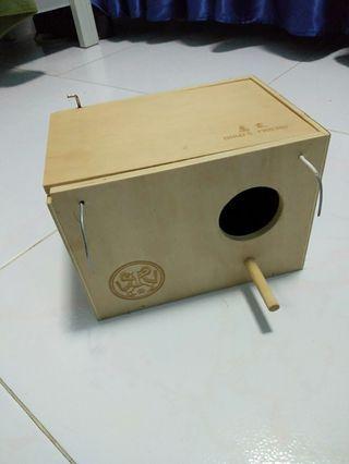 Bird breeding box
