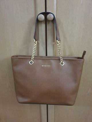 MK Michael Kors Leather Handbag (Jet Set Chain Travel Tote)