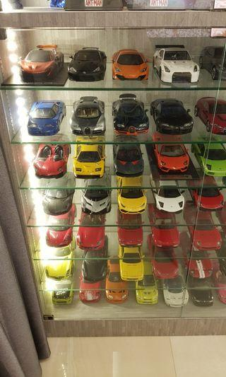 1/18 scale diecast and resin cars