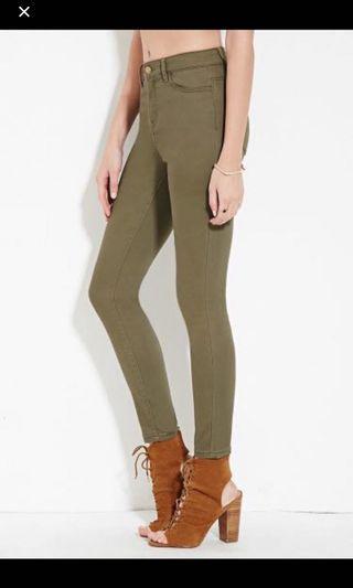 🚚 F21 khaki green pants