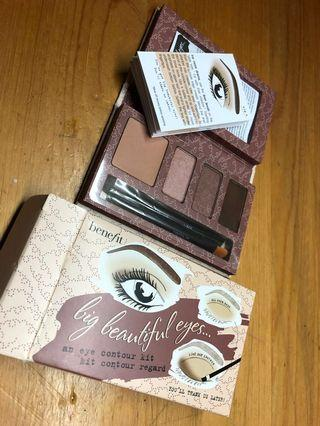 Benefit eyeshadow plaette only 99!