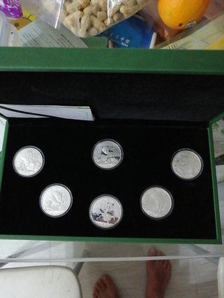 熊貓記念銀幣2013—2018