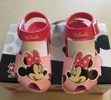 🚚 正版迪士尼涼鞋 15(內長14.5cm)