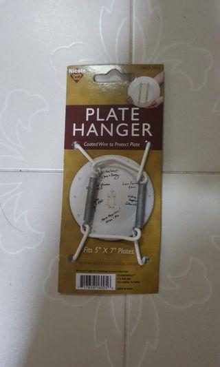 Plate Hanger