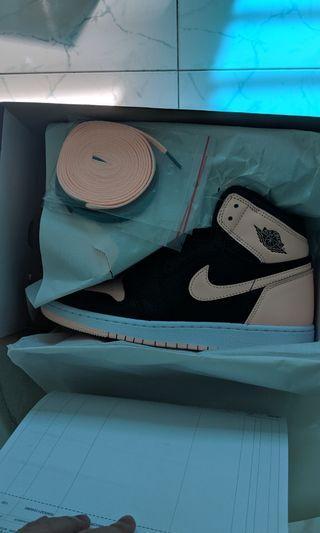 Nike Air Jordan 1 Patent Pink