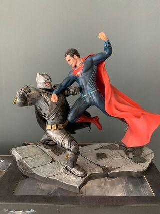 🚚 Batman vs superman 1/10