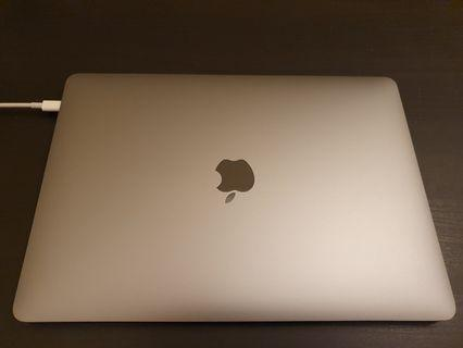 Macbook Pro 13 inch with touch bar (2018 model)