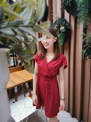 V-neck wrapped dress