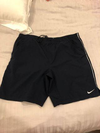 Nike tennis shorts black M medium