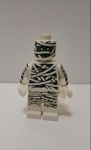 LEGO minifigure mummy