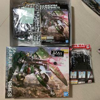 🚚 Free LED and Stand Gundam dynames Mg 00