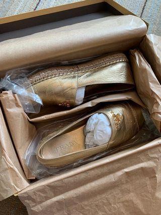 Prada草鞋 豆豆鞋 平底鞋