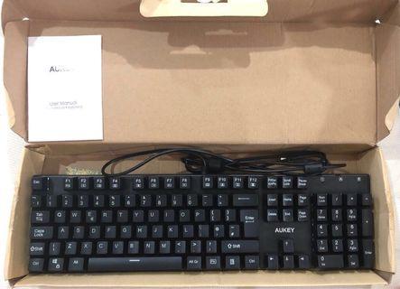 BNIB Authentic Aukey 105-Key Mechanical Gaming Keyboard