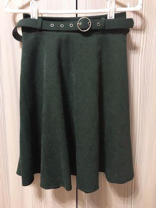 🚚 墨綠色毛料裙(含皮帶)