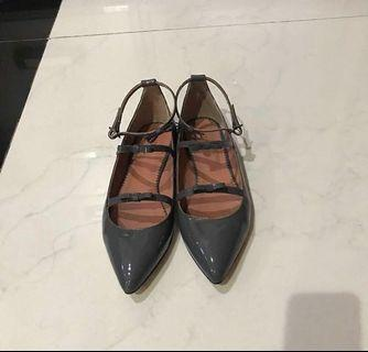 Repriced! Bow flat shoes