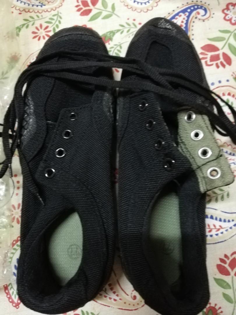 軍用跑山鞋