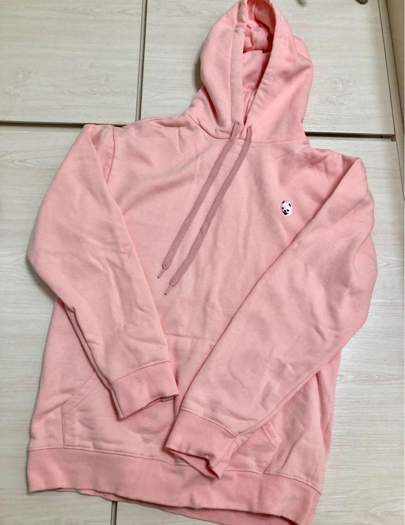 粉紅寬鬆衛衣