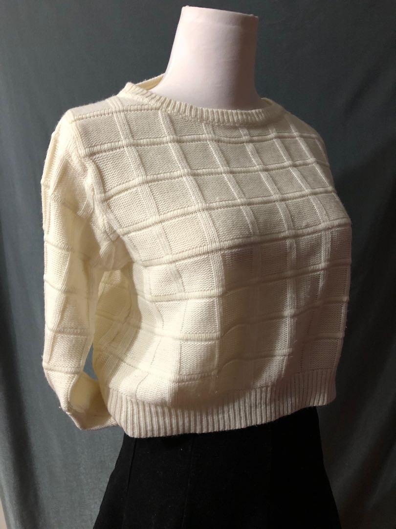 白色 短版 冷衫