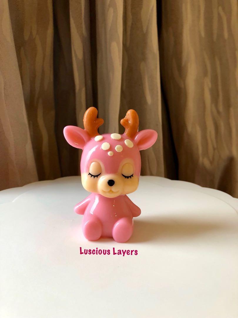 Baby deer jelly cake