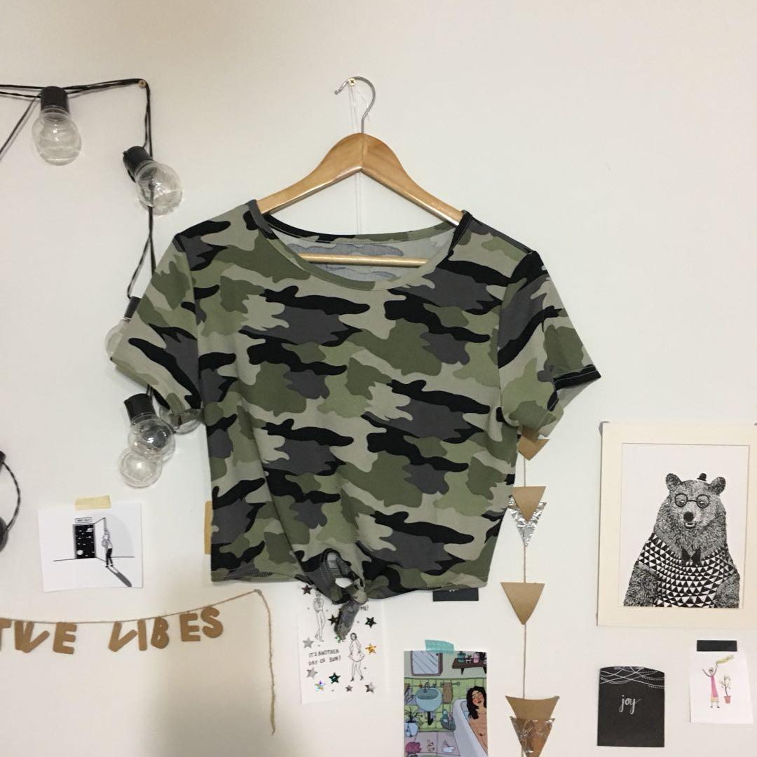 camo crop tshirt