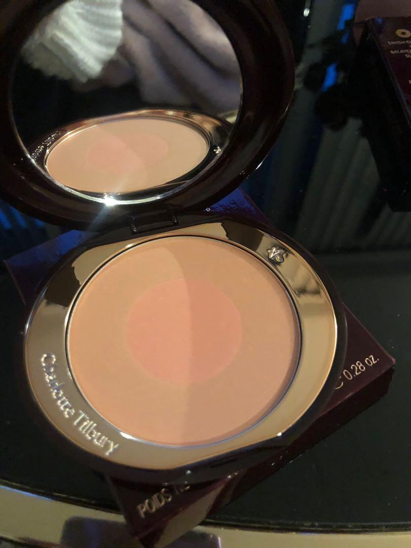 Charlotte Tilbury Cheek to Chic blusher - Ecstasy Peach Pink Brand New